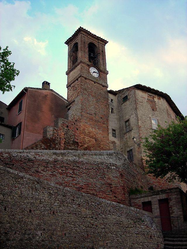 640px-Castello_delle_forme_1